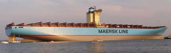 The Emma Maersk 02