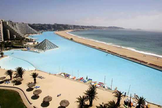 World 39 s largest swimming pool amazing for The worlds biggest swimming pool