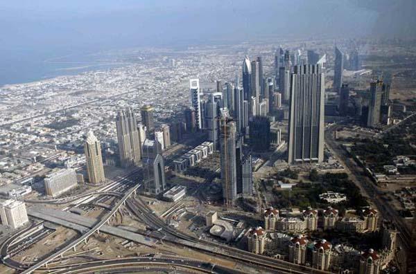 dubai aerial view from burj khalifa