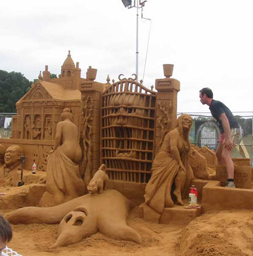 sand sculpture - ghost
